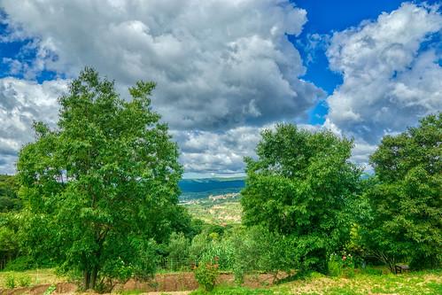 El pueblo de Murillo de Gállego visto desde Riglos (Huesca)
