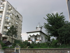 bbucur-pesteapa_20050722_20