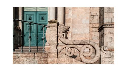 L1650484  ~  Porto : the granite city