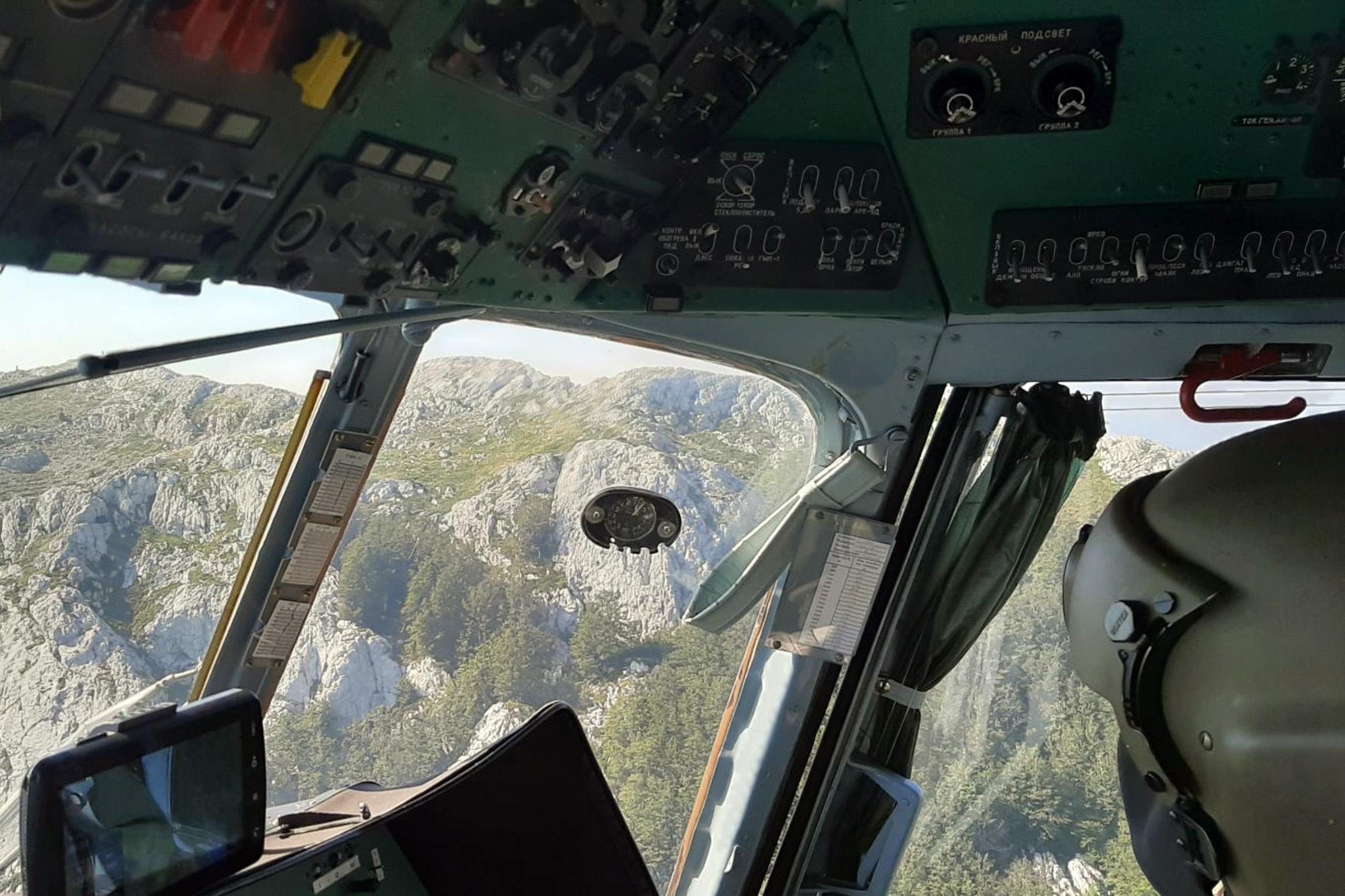 Letačka posada HRZ-a drugi dan u potrazi za nestalom osobom na Biokovu