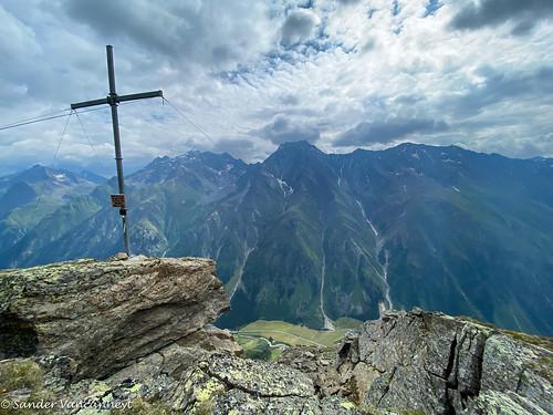 Brandkogel (2677m) summit