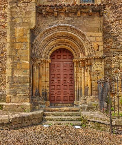 Avilés - Iglesia vieja de Sabugo