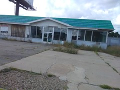 BP - 4702 West Main Street, Kalamazoo [CLOSED]