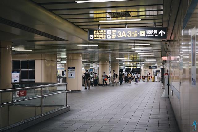 板橋捷運站