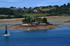 petite île sur le Trieux