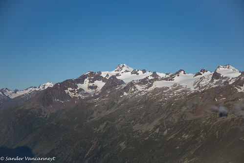 Wildspitze and surrounding summits as seen from the Brunnenkogelhaus