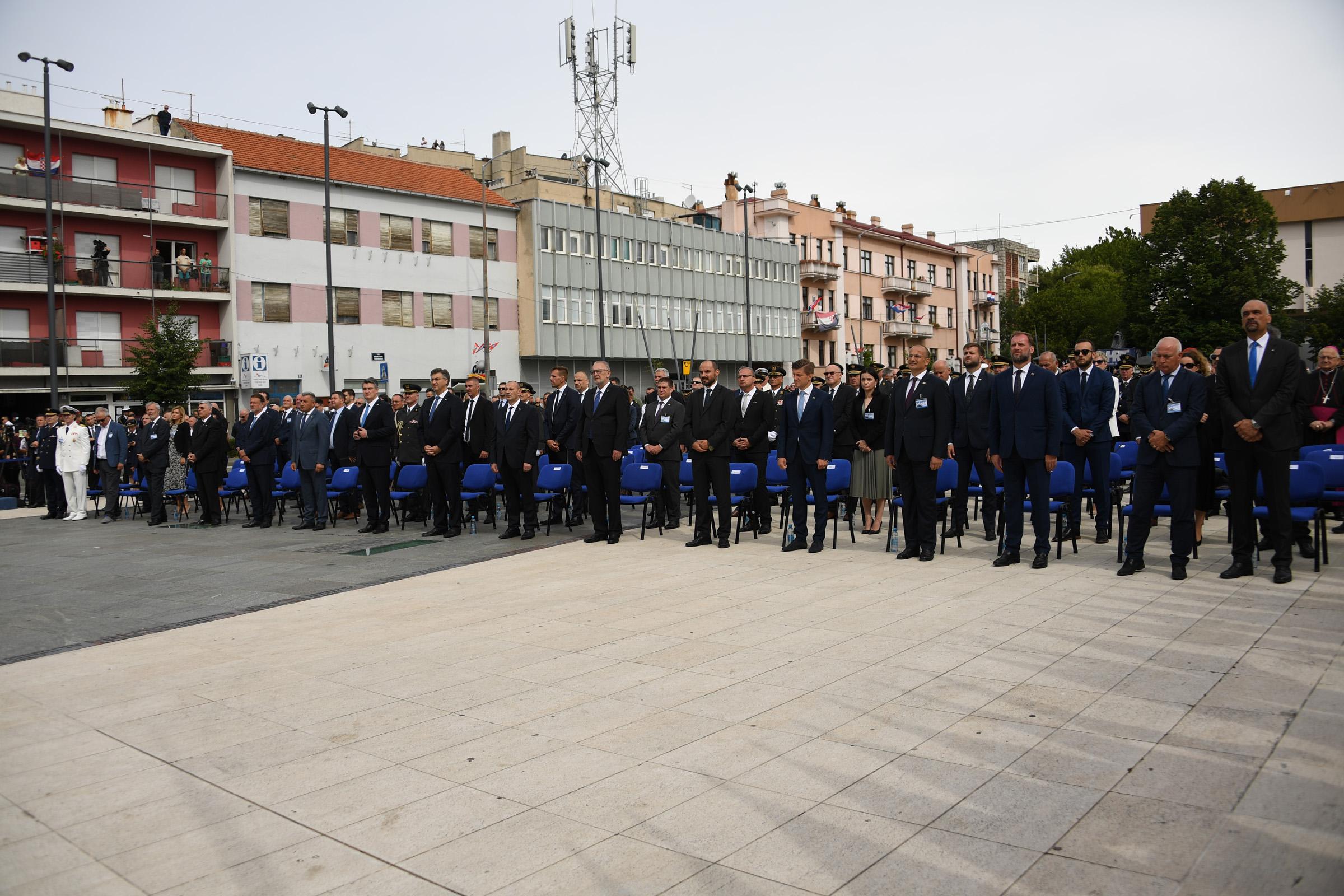 U Kninu obilježena 25. obljetnica vojno-redarstvene operacije Oluja