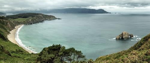 Playa do Sarridal y la Pena Furada