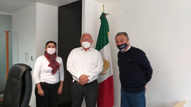 Photo:20200805_cofepris-dr-jose-alonso-novelo-baeza-maestra-elvira-espinosa-gutierrez-femexer-david-pena_2 By FEMEXER
