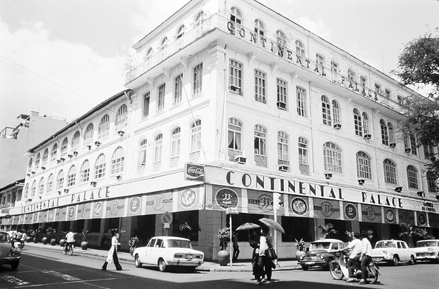 Photo:SAIGON 1974 - Hotel Continental Palace By manhhai