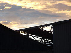 Structure in Silhouette