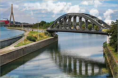 Pont de Wandre et pont ferroviaire de l'île Monsin, Liège, Belgique