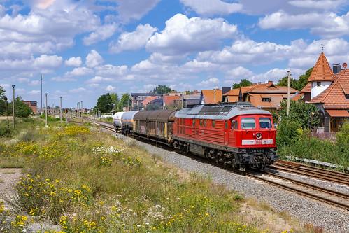 Baalberge, 23 juli 2020 | DB Cargo 233 525