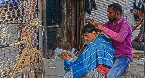 Shave & a Haircut Old Delhi India DSC_9313