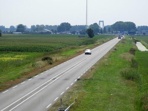 N267 vanaf het viaduct Veldstraat bij Aalburg