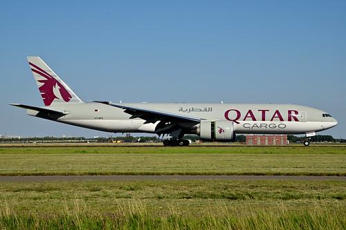 A7-BFS B777-F cn 66337 Qatar Airways Cargo 200805 Schiphol 1002
