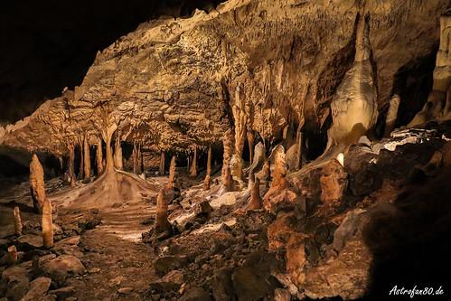 Tropfsteine in der Herrmannshöhle