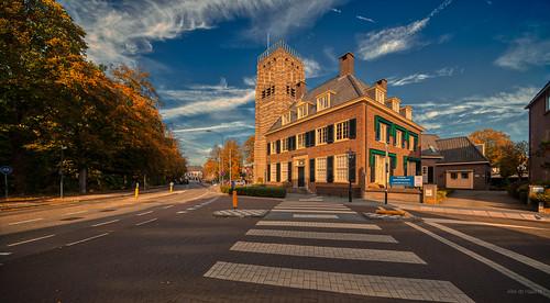 Helvoirtseweg / Dorpsstraat, Vught.