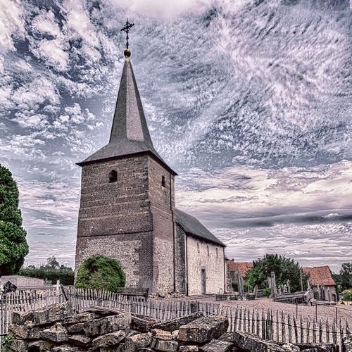 Groot-Loon, parochiekerk Sint-Servatius