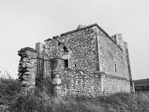 Valdearenas, ruinas de la iglesia de Ntra. Sra. de la Asunción.