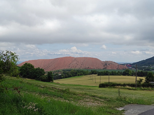 Ayers rock? No, the deposit of a potassium mine near Holungen