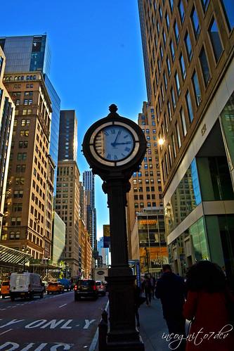 5th Ave Clock E44th St Midtown Manhattan New York City NY P00619 DSC_2131