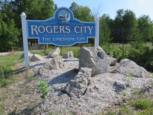 Rogers City Welcome Sign (Rogers City, Michigan)