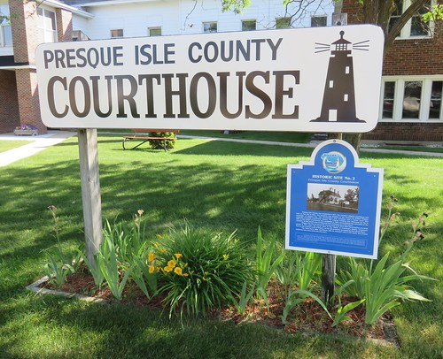 Presque Isle County Courthouse Sign (Rogers City, Michigan)