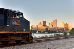 CSX 3203 Outside of Pittsburgh