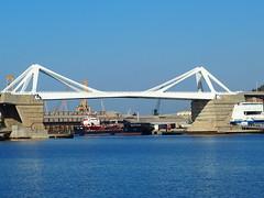 Porta d'Europa_bascule bridge_Port of Barcelona_P6240007
