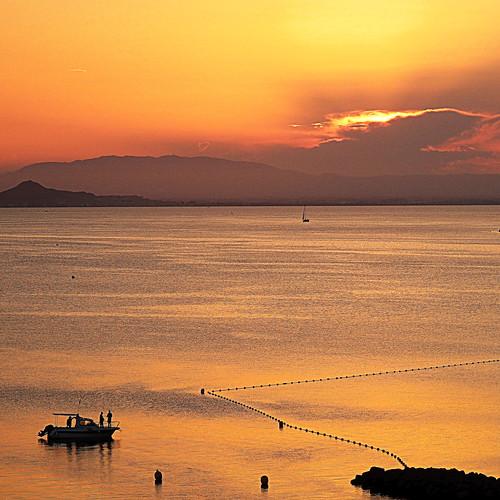 Y el sol acabará saliendo - And the sun will end up rising
