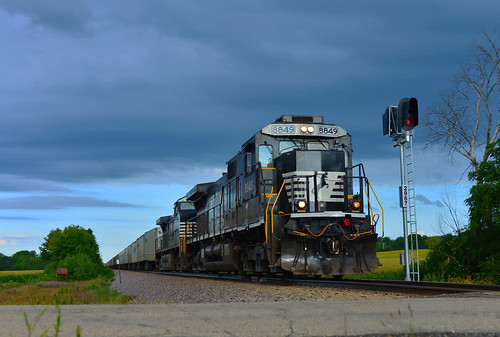 NS 8849 on UP - 8/21/2015