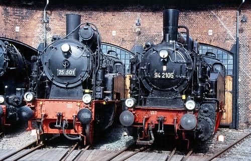 DR 75 501 (ex K.Sächs.Sts.E.B. XIV HT 1851; Hartmann 1916) DDM Neuenmarkt(Ofr.) + 94 2105 (ex Sächs.Sts.E.B. XI HT 2129; Hartmann 1923) VSE Schwarzenberg(Erzgeb.)