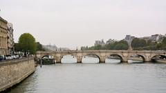 First Day's Walk in Paris (69)