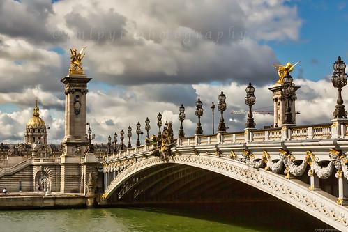 Paris - Pont Alexandre-III -1L8A1630