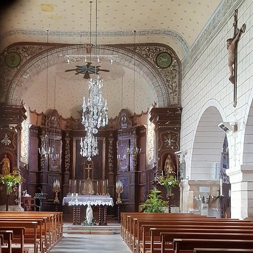 Baigts, Landes: intérieur de l'église, fermée, par le trou de la serrure