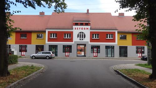 1924 Magdeburg genossenschaftliches Consum-Haus von Bruno Taut Gartenstadt-Kolonie Zur Siedlung Reform Bunter Weg 2 in 39118 Reform