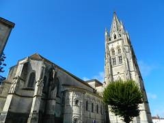 SaintesChurch - Photo of La Jard