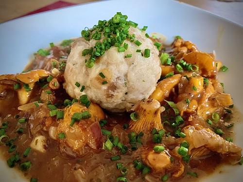 Schwammerl Gulasch | Mushroom goulash ........ yummy 😋