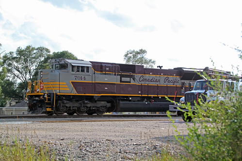 CP 7014 working the Portage yard on manifest 470