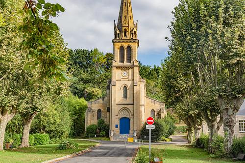 09-Eglise de Le Tourne