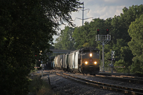 470 leaves Portage for points east, running much later than usual