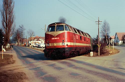 DR 228 693 Schleusingen 01.03.1992