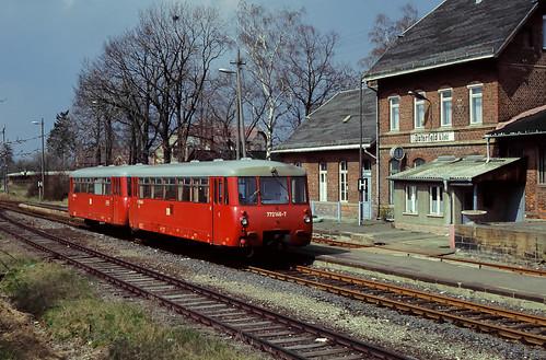 DR 772 146/ 972 746 Bf Osterfeld (b.Zeitz) 14.04.1993