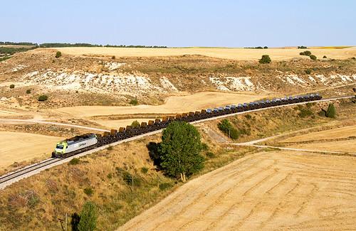 Tramesa de Captrain Bilbao Mercancías-Aranda de Duero a cargo de la Bitrac 601.005