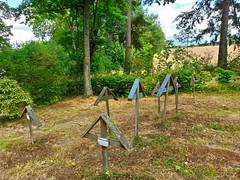 Le petit cimetière des frères dominicains - Photo of Sourcieux-les-Mines