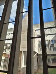 Les fenêtres dessinées par l'architecte-musicien Iannis Xenakis
