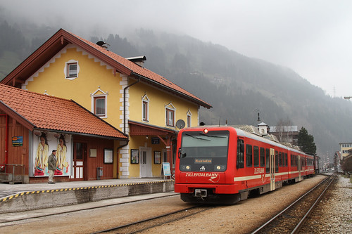 Zillertalbahn_Wendezug_D15_Zell_1_20130319
