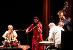 Javid Afsari Rad, Andreas Bratlie, Harpreet Bansal, Adrian Myhr, Marianne Borgen og Siri Kvambe. at Cosmopolite 2018 (200929)