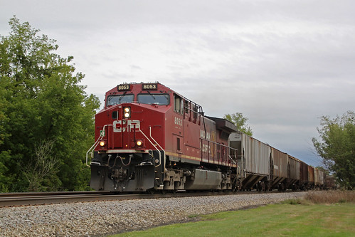 CP 8053 solo on the head end of the first 281 of September 2020